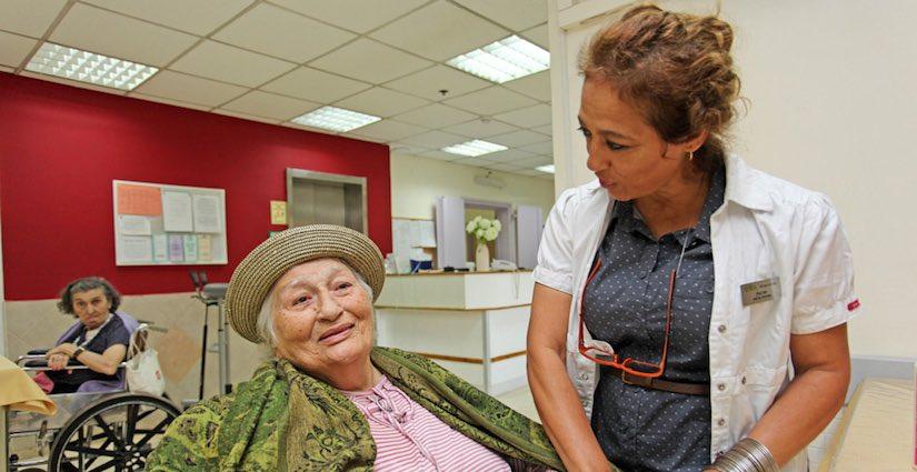 הקלה על קשישים לאחר ניתוח או טיפול רפואי