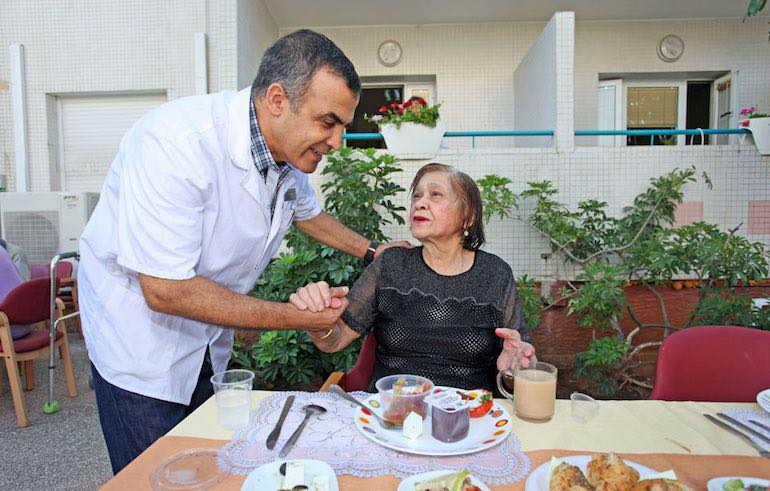 the-nursing-home-staff-is-nice-and-considerate