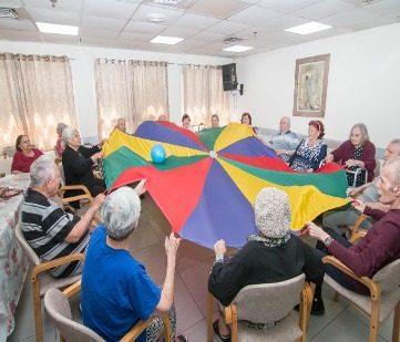6 הרגלים בריאותיים לקשישים שכדאי לשמר